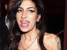 Music world mourns Amy Winehouse