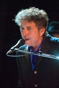 Dylan cleared to perform in China