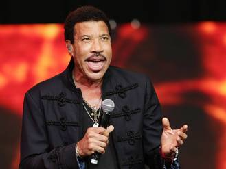 Lionel Richie scores first British No 1 in 23 years before charts move to Fridays