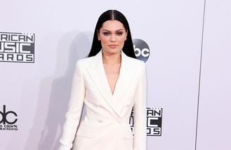 Jessie J performed against her doctors advice