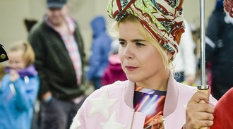 Paloma Faith sorry for offending fans over Gibraltar comment