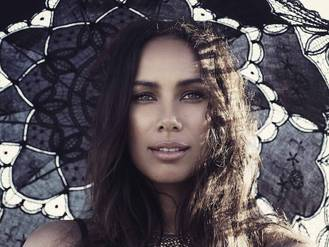 Leona Lewis is selling her new album for a discount on Grindr