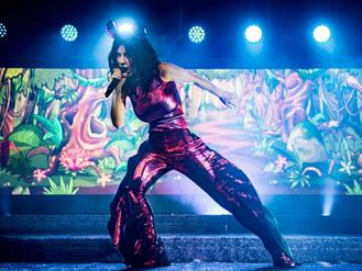 Marina and the Diamonds, London Palladium, gig review: Larger-than-life pop with a wonderful lack of subtlety