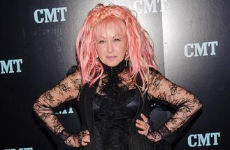 Cyndi Lauper announces first UK tour in five years