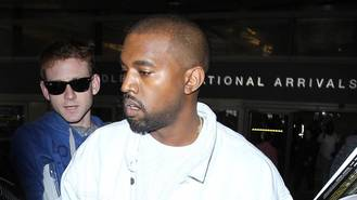 Kanye West apologises for Twitter confusion