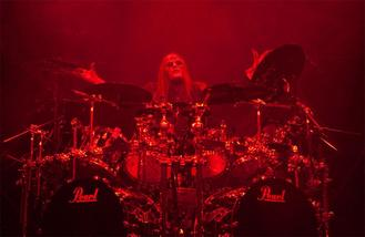 Joey Jordison was fired from Slipknot by email