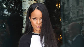 Rihanna wins Shoe of the Year title