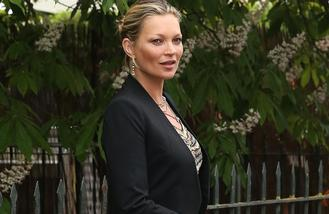 Kate Moss to star in Elvis music video