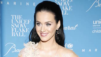 Katy Perry gushes about 'teacher' beau Orlando Bloom