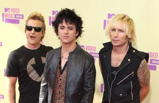Green Day hate fans using phones at gigs