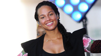 Alicia Keys thrilled by reaction to make-up free movement