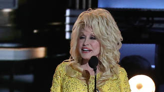 Dolly Parton planning telethon for Tennessee wildfire victims - report