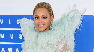 Beyonce leads 2017 Grammy Award nominations