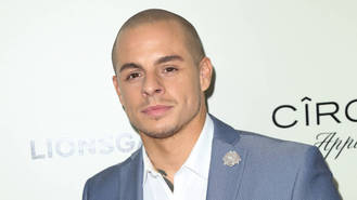 Jennifer Lopez's ex Casper Smart smashes car into tree