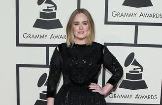 Adele fight back against ticket touts
