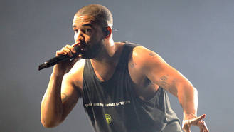 Drake launches into anti-Trump tirade at London gig