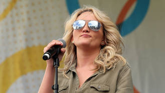Jamie Lynn Spears' daughter wakes up from coma after ATV accident