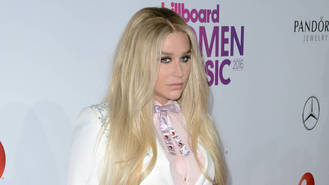 Kesha backs eating disorder awareness campaign