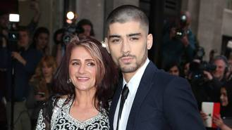Zayn Malik invests in mum's new beauty salon business - report