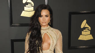 "Demi Lovato apologises for ""1% African"" tweet"