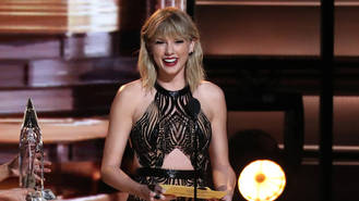 Taylor Swift on course for first-ever U.K. number one single