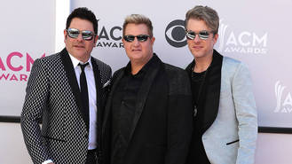 Rascal Flatts open Las Vegas residency with tribute to Route 91 victims