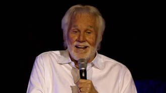 Kenny Rogers all set to retire after Nashville honour on the eve of farewell gig