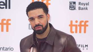 Drake accused of copying single art from DJ's tour poster