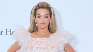 Rita Ora volunteers to help victims of Grenfell Tower fire