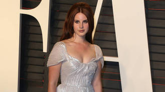 Lana Del Rey self-edits song lyrics to avoid promoting negativity