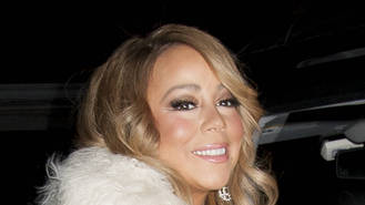 Mariah Carey sparks engagement rumours