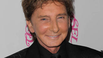 Barry Manilow heart attack story dismissed by representative