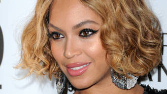 Anti-Beyonce campaigners outnumbered by fans at protest