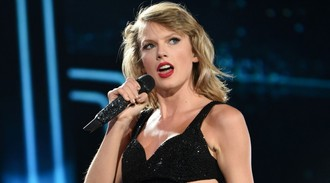 Taylor Swift wasn't so happy about her 'aggressive' trophy for NME's best international solo artist trophy