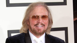 Barry Gibb 'to jam with Coldplay at Glastonbury'