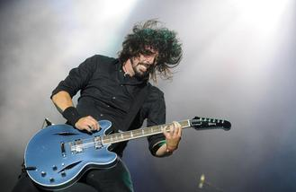 Dave Grohl 'is set to go solo'