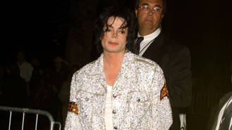 Sony reaches nearly billion-dollar deal with Michael Jackson estate
