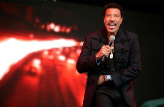 Lionel Richie to be honoured at Songwriters Hall of Fame Awards