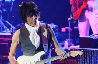 Jeff Beck to release first studio album in six years