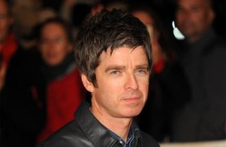 Noel Gallagher performs Oasis song in memory of Prince