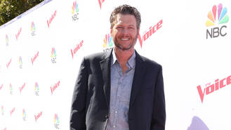 Blake Shelton rendered speechless by Hall of Fame exhibit