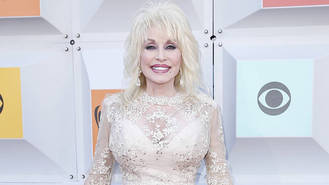 Dolly Parton excited to renew wedding vows with husband for 50th anniversary