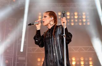 Jess Glynne wows at MTV Crashes Plymouth