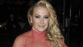 Anastacia signs up for U.K. dancing show
