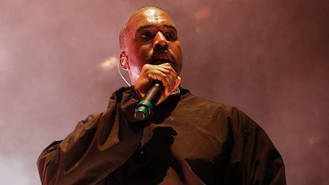Kanye West fans 'cause chaos outside pop-up store'