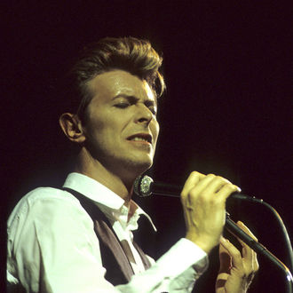 Best of Bowie album named Bowie Legacy announced