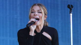 LeAnn Rimes dealt with breakdown in 'graceful' manner