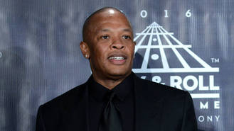 Dr. Dre 'threatens legal action over TV movie'