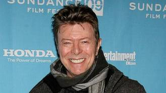 David Bowie tops chart hours after death