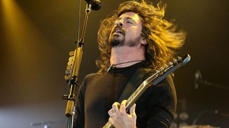 Foo Fighter Grohl to direct film
